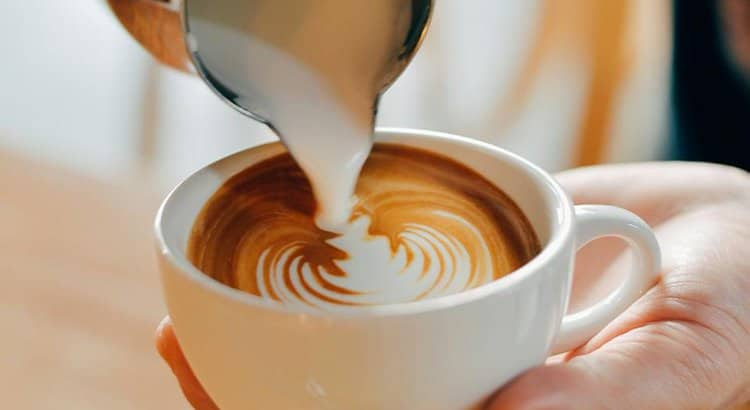 Cappuccinatore: Guida alla Scelta del Miglior Montalatte [Top 5]
